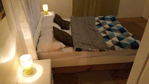 La casita de mamá (habitación con baño privada )