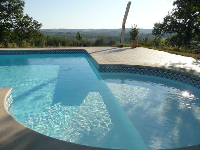 maison lumineuse 8 prs.avec piscine - Marsolan - Dom