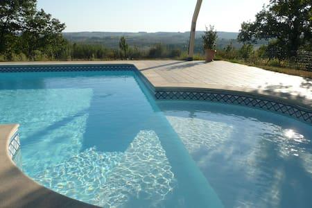 maison lumineuse 8 prs.avec piscine - Marsolan