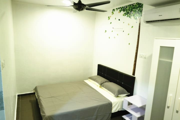 Cozy Room, Near JB Sentral/Custom 2min by car
