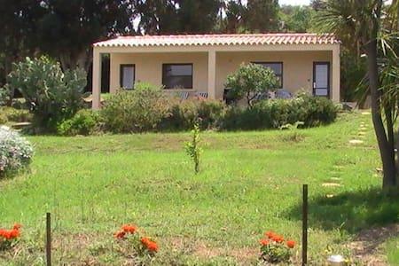 Villa Laurier-rose 6 pax vue mer - Calenzana