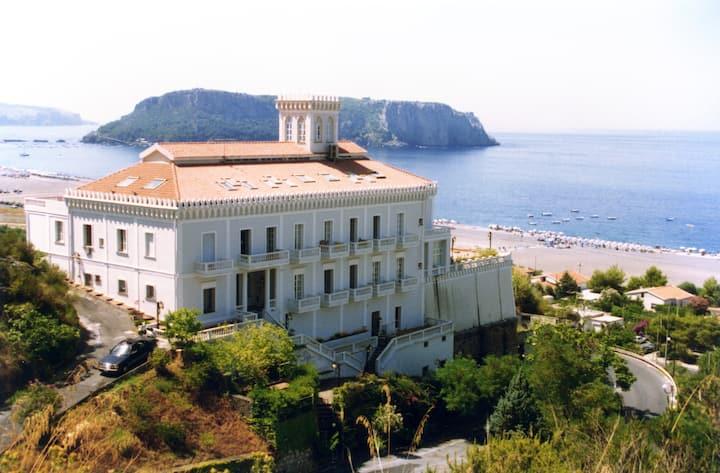 Appartamento sul mare, panoramico