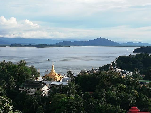 Kawthoung's Iconic pagoda.
