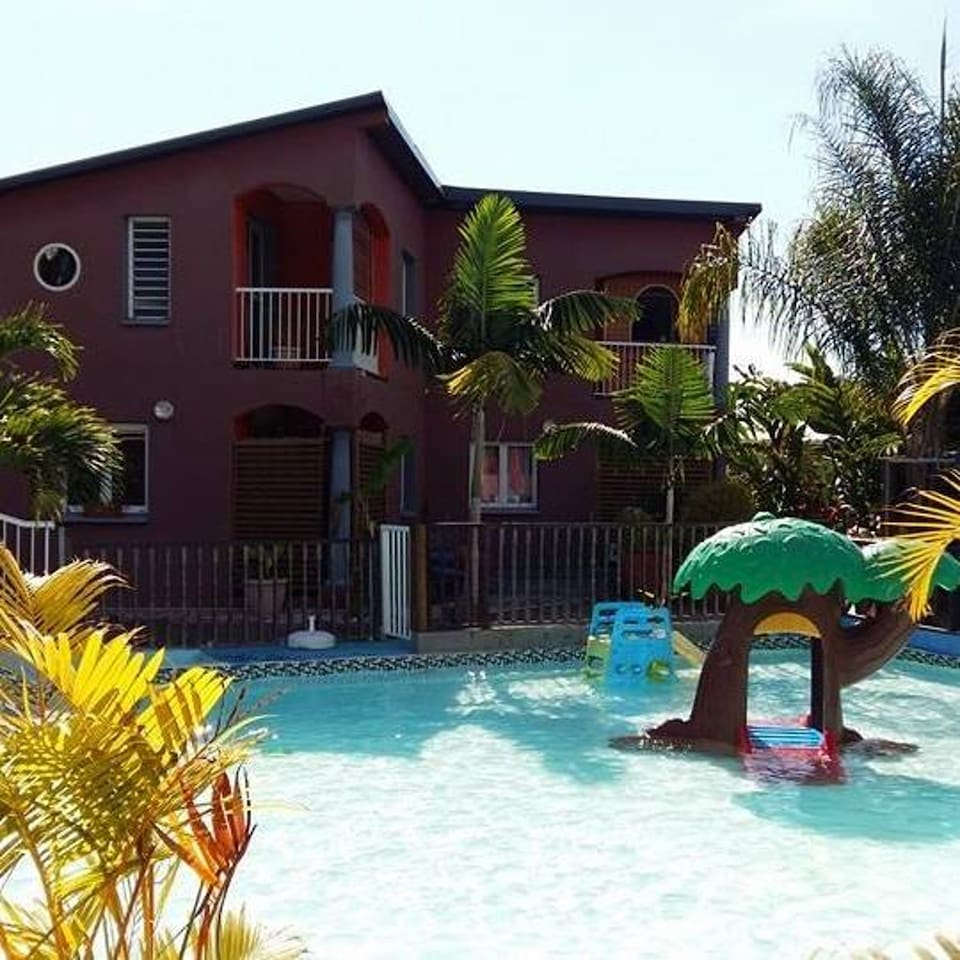 Beautiful Villa With Pool Access Villas For In Les Avirons Saint Pierre Réunion