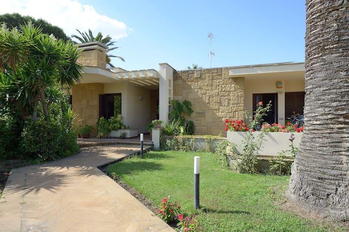 Il giardino dei Lauri. San leone - San Leone - Bed & Breakfast