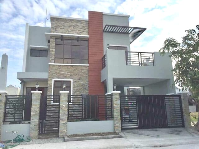 HOME SWEET HOME in PAMPANGA family friendly! : )