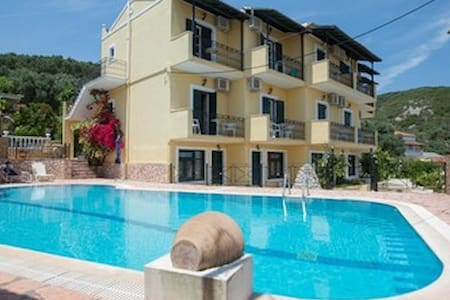 Sea view pool Apartment for 2 - Moraitika - 其它