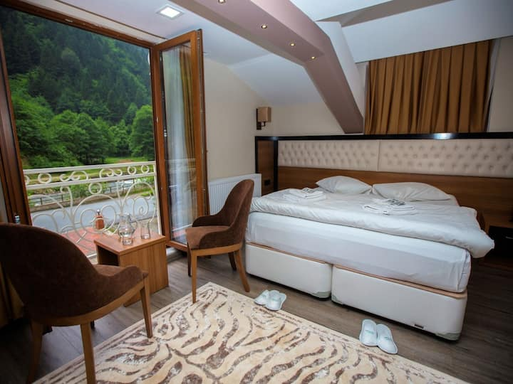 King Double Room with Lake View - Yayla Hotel