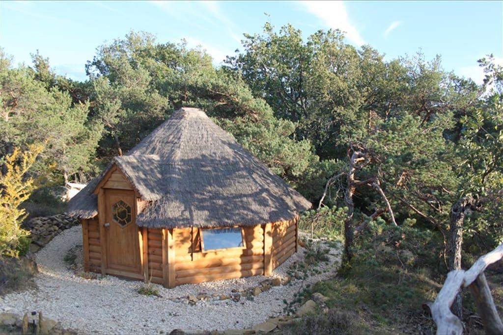 Kota - dépendance en bois