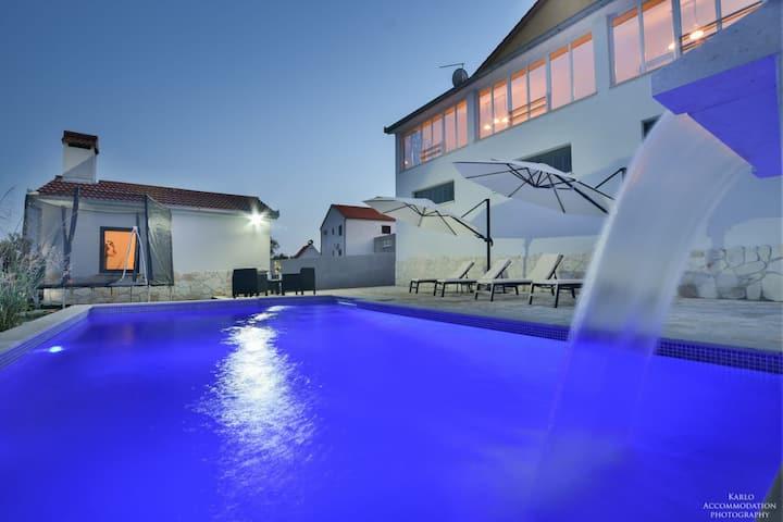 Holiday House Trogir VILLA SHELL