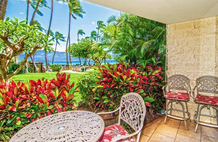 KAN106 - Maui Beach Front, Ocean View, Lovely & Charming Ground-Floor Condo