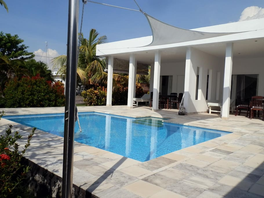 Villa Cymopoleia Guesthouse with private pool