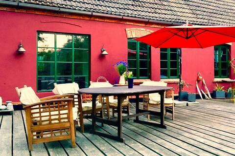 Appartement charmant à Neuburg avec grand jardin en terrasse