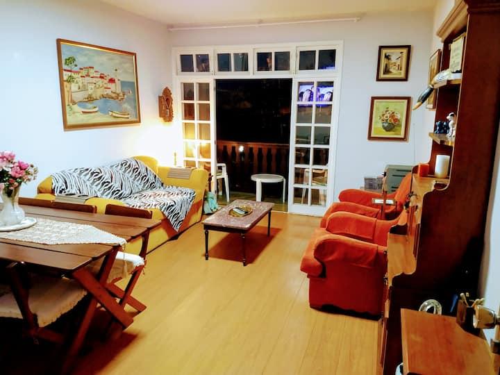 Apartamento charmoso no Parque das Magnólias.