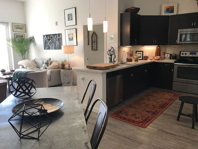 Denver/Cherry Creek/Glendale - Lovely apartment