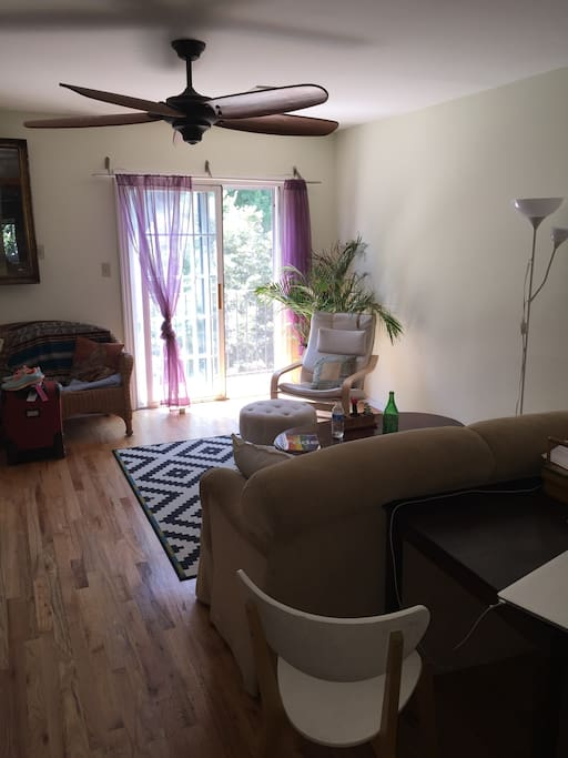 The living area is yours to share with 2 other housemates. A balcony overlooks Clinton hill.