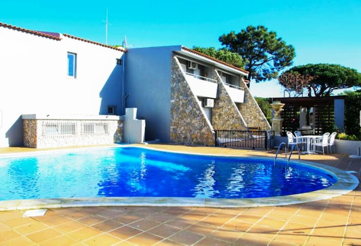 Villa Verde, Vilamoura with Private Pool - Quarteira - Villa