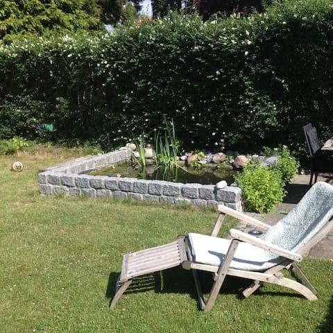Lyst rækkehus med dejlig have - Søborg