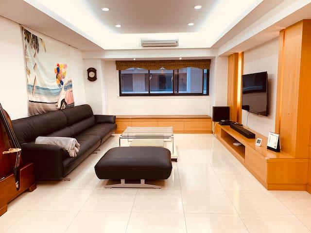 Beautiful, convenient apartment 板橋漂亮電梯大樓 生活機能超方便!