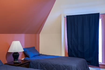 HarvestHome Double Twin BR CWE - Saint Louis - Bed & Breakfast