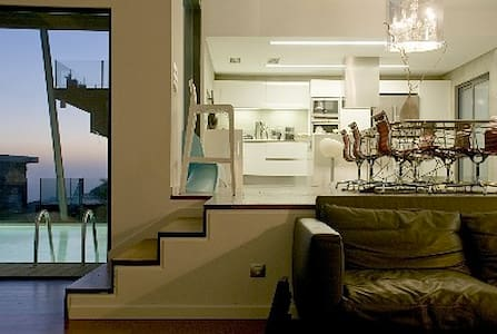 Romeo's Luxury modern V ocean view - Alcabideche