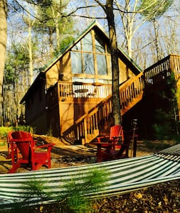 Secluded Chalet Style Cabin with Hot Tub & WiFi! - Cabin