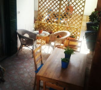 Two-room apartment near the beach - Cozze - Rumah