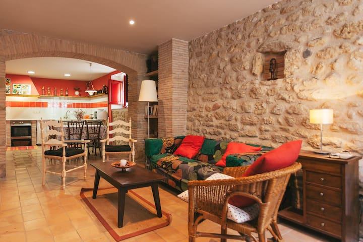 Casa Vermella, Ca la Maria Orriols - Orriols - Casa