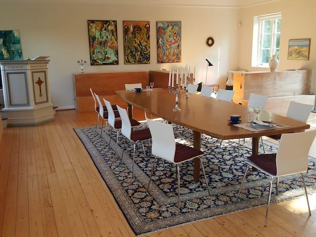 Store sal indrettet som stue
