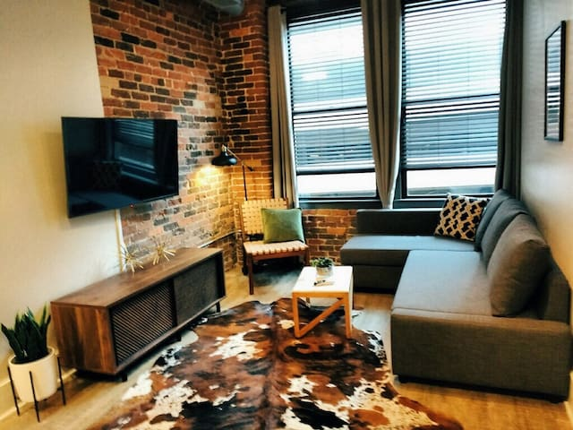 BEST LOCATION DOWNTOWN! Modern Historic Loft! 308
