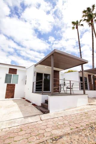 Hermosa Villa #202 - Beautiful Villa #202