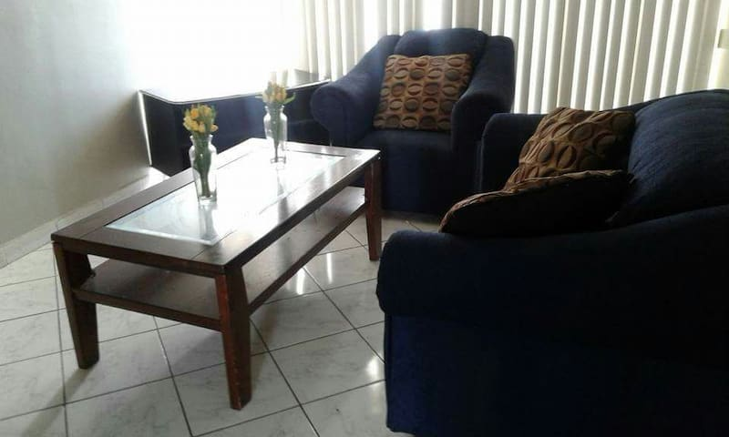 Cozy Condo in Paradise w/ Pool - Freeport - Apartment