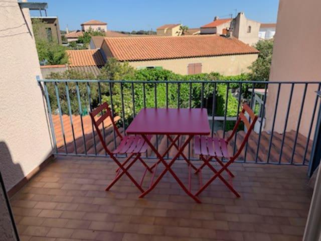 Appartement bord de mer, Carro, Provence