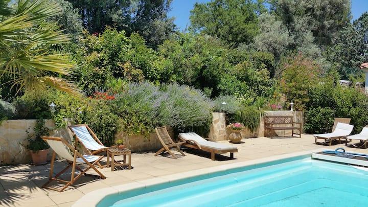 Maison entière calme avec jardin et piscine
