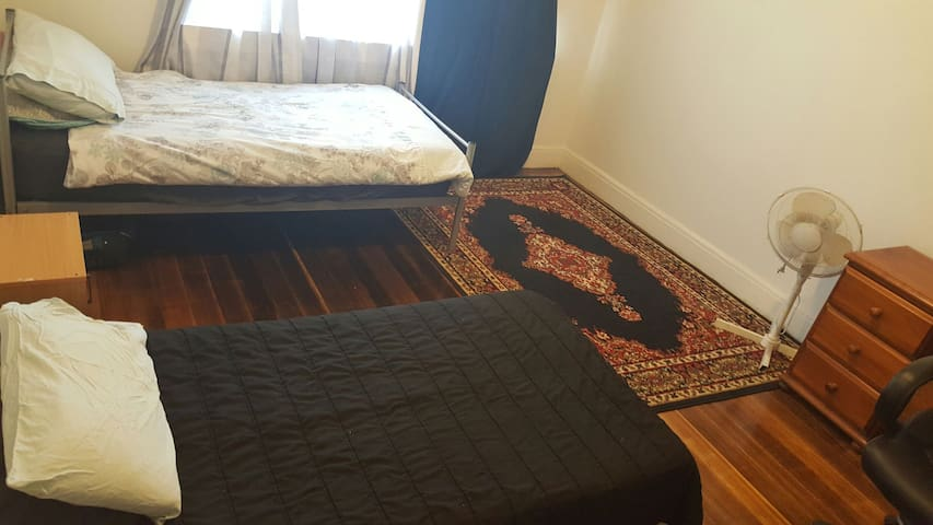 Private Twin bedded Room, Preston. - Preston