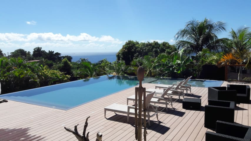 LAGALANTE Villa pour 2p Spa vue sur mer et Piscine - Vieux Habitants