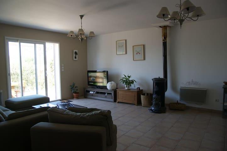 Villa plein pied au calme absolue - Fox-Amphoux