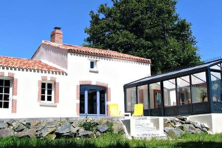 La Maison d'Hortense avec piscine - Chavagnes-en-Paillers