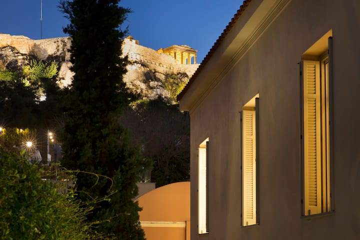 700m² homm Villa with a pool in Plaka, Acropolis