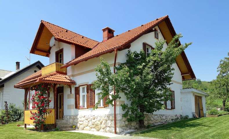 Bled holiday house - Spodnje Gorje - Casa
