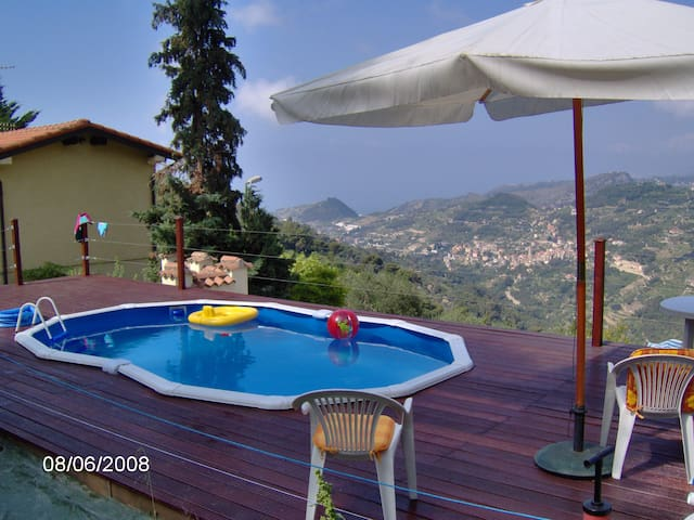 Italian Villa with pool. - Seborga