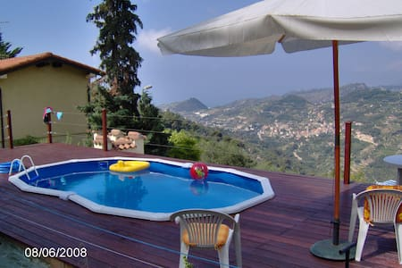 Italian Villa with pool. - Seborga - Dom