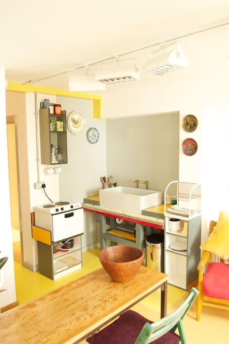 A simple kitchen with everything you need for your stay
