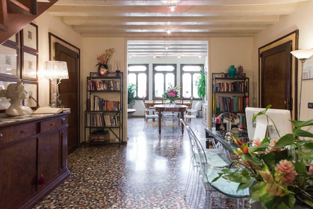 Stanze da sogno in centro a venezia pernottamento e - Stanze da pranzo classiche ...