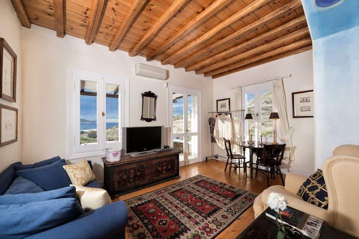 Galaxy Villa, Moon Suite, Mykonos