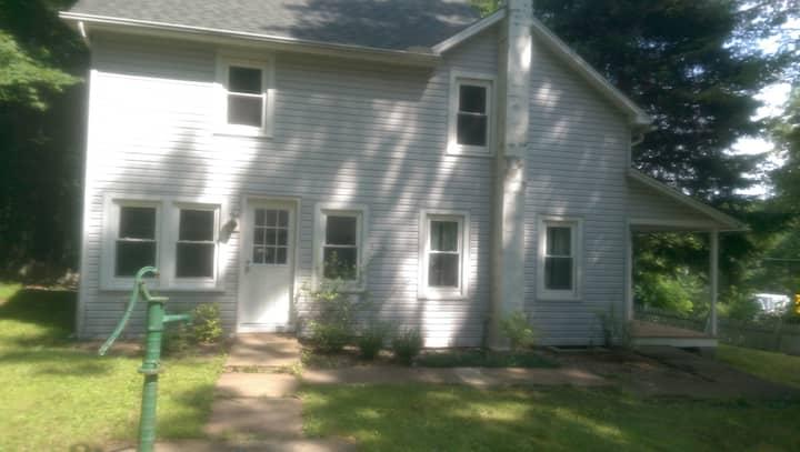 Renovated Farmhouse in the Poconos