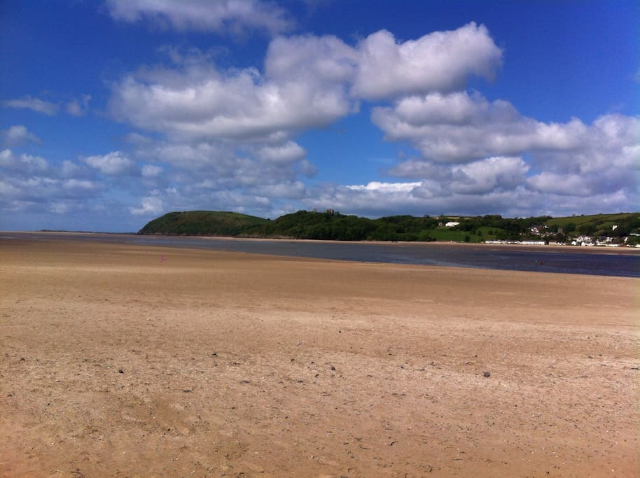 Walk along the estuary beach