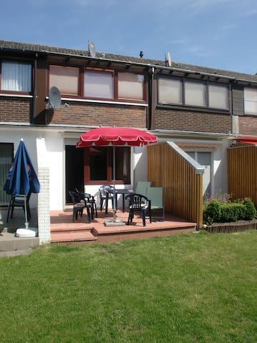 Haus beim Friesenstrand - Butjadingen