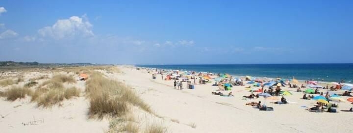 A sua casa no Algarve este Verão