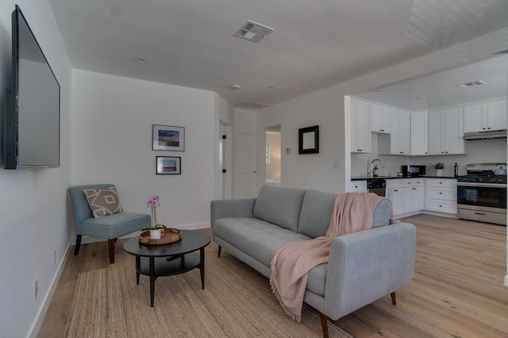Monthly Rental Near the Rose Bowl. Just Remodeled!